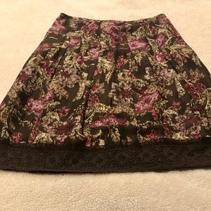 Pretty Skirt with Flower Print, Ribbon, & Lace